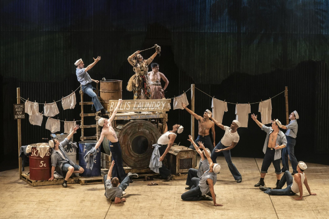 «Замена старых громкоговорителей на EMS-129 имело огромное значение как в покрытии, так и в качестве звучания, и стало большим плюсом для целого ряда постановок театра – от пьес до мюзиклов».